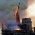 『朝からショック!』ノートルダム大聖堂消失か?!